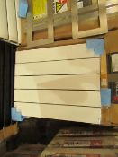 Carisa Nemo Radiator 470 x 600mm, unchecked and boxed. Please note, this radiator is ex-display