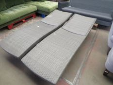 Costco outdoor lounger, no major damage (PLEASE NOTE, THIS DOES NOT PROVIDE ANY WARRANTY OR