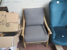 Kuka swivel tub chair, no major damage (PLEASE NOTE, THIS DOES NOT PROVIDE ANY WARRANTY OR GUARANTEE