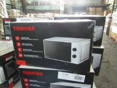 5x Toshiba Microwaves - Model & Colour May Vary - Unchecked & Boxed - RRP circa £75 - Total lot