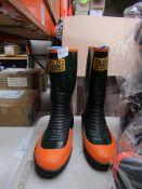 Joltic - Green & Orange Boots - Size S - Unused.