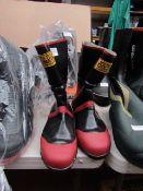 Joldic - Steel Toe-Cap Boots - Size Large - Unused.