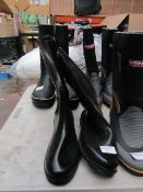 Giesswein - Black Boots - Size 40 - Unused.