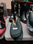 Rouchette - Slide-On Black & Navy Work Shoes - Size 44 - Unused.
