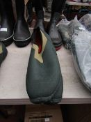 Rouchette - Slide-On Kharki Green Work Shoes - Size 43 - Unused.