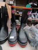 Captain Stag - Steel-Toe Cap Wellington Boots - Size LL - Unused.