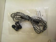 Unbranded wired headphones, tested working