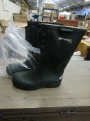 1X PAIR OF TRETORN WELLINGTON BOOTS - SIZE 6.5 - LOOK TO BE UNUSED