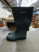 1X PAIR OF FORTEC WELLINGTON BOOTS - SIZE 5 - LOOK TO BE UNUSED