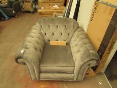 Costco velvet buttoned armchair, NO MAJOR DAMAGE (PLEASE NOTE, THIS DOES NOT PROVIDE ANY WARRANTY OR