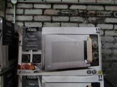 5x 700w Microwaves | Wood Effect & Black | Unchecked & Boxed | RRP £50 |Total lot RRP £250 | Load
