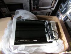 7x Microwaves in Non Original Boxes Picked at Random - Unchecked & Boxed - Be aware we do not know