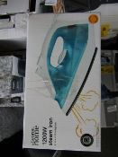 6X 1200w Steam Irons | Unchecked & Boxed | RRP £4 | Total lot RRP £24 | Load Ref 23003080|