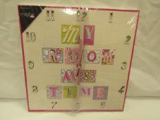 Arthouse - Patchwork Hearts Clock 30x30cm - Unused & Boxed.