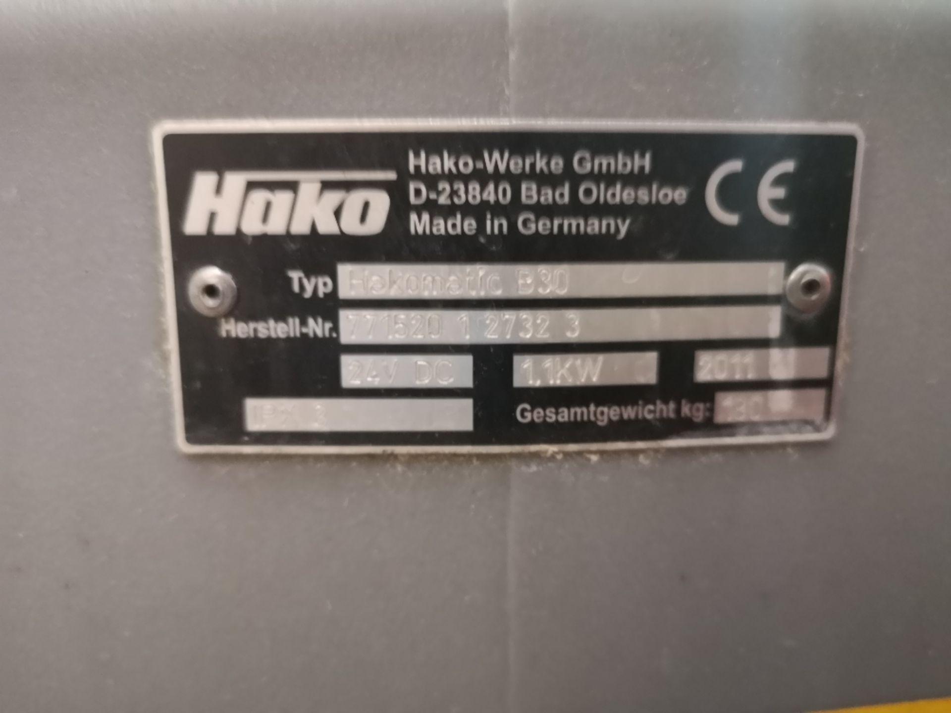 Hako Hakomatic Scrubmaster B30 Compact Pedestrian Scrubber - Image 5 of 5