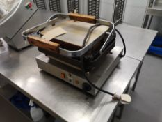 Neumarker X40500 Contact Grill