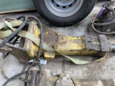 Atlas Copco SB302 Hydraulic Breaker c/w Point and Hoses