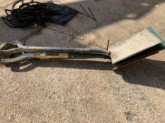(3) Assorted Shovels