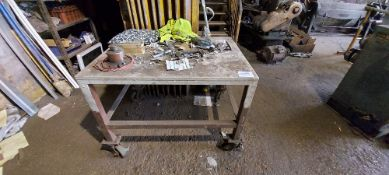 Mobile Workbench with Contents