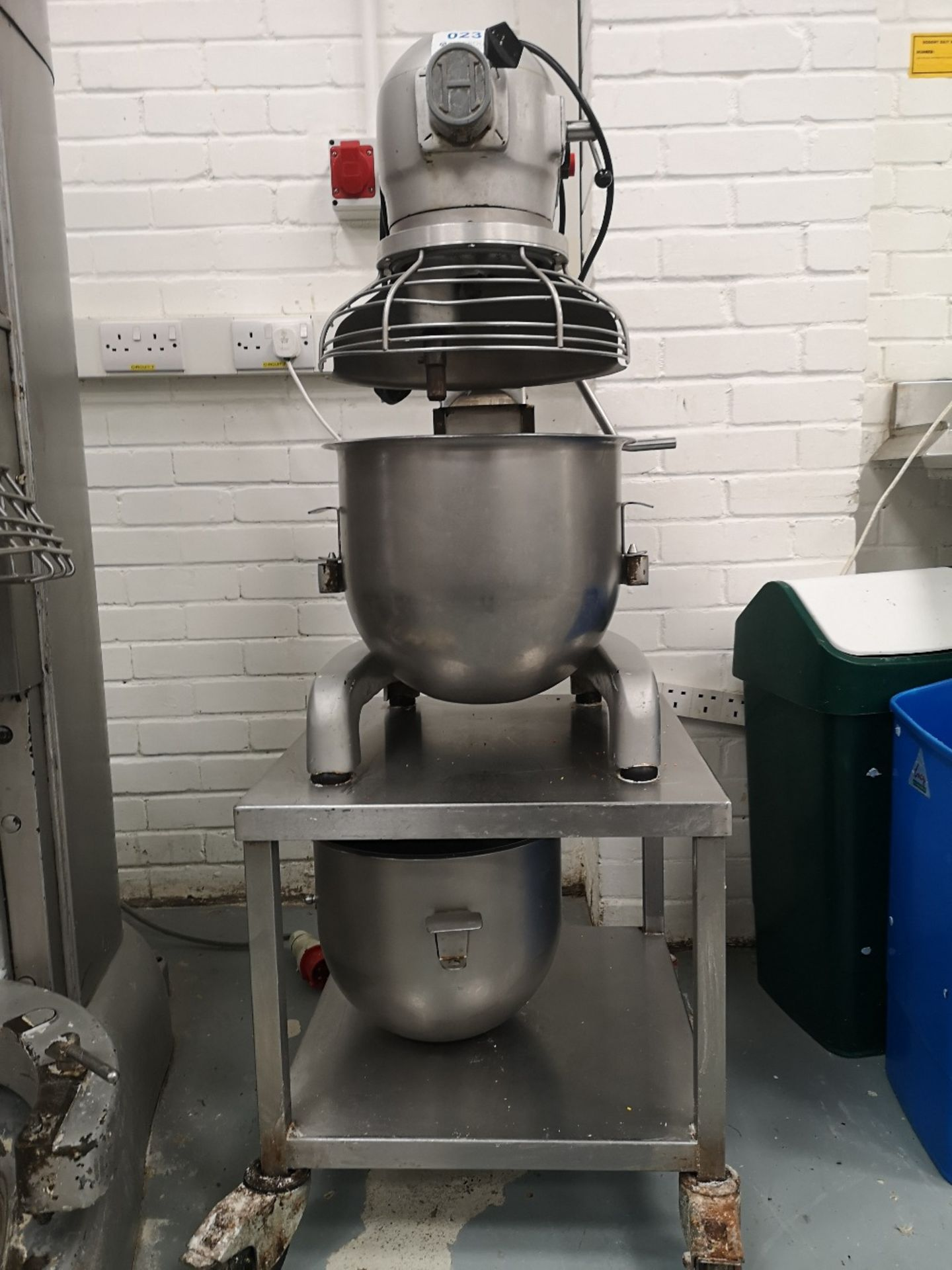 Hobart 20 QRT Planetary Mixer on Stainless Steel Mobile Stand with (2) Mixing Bowls - Image 3 of 6