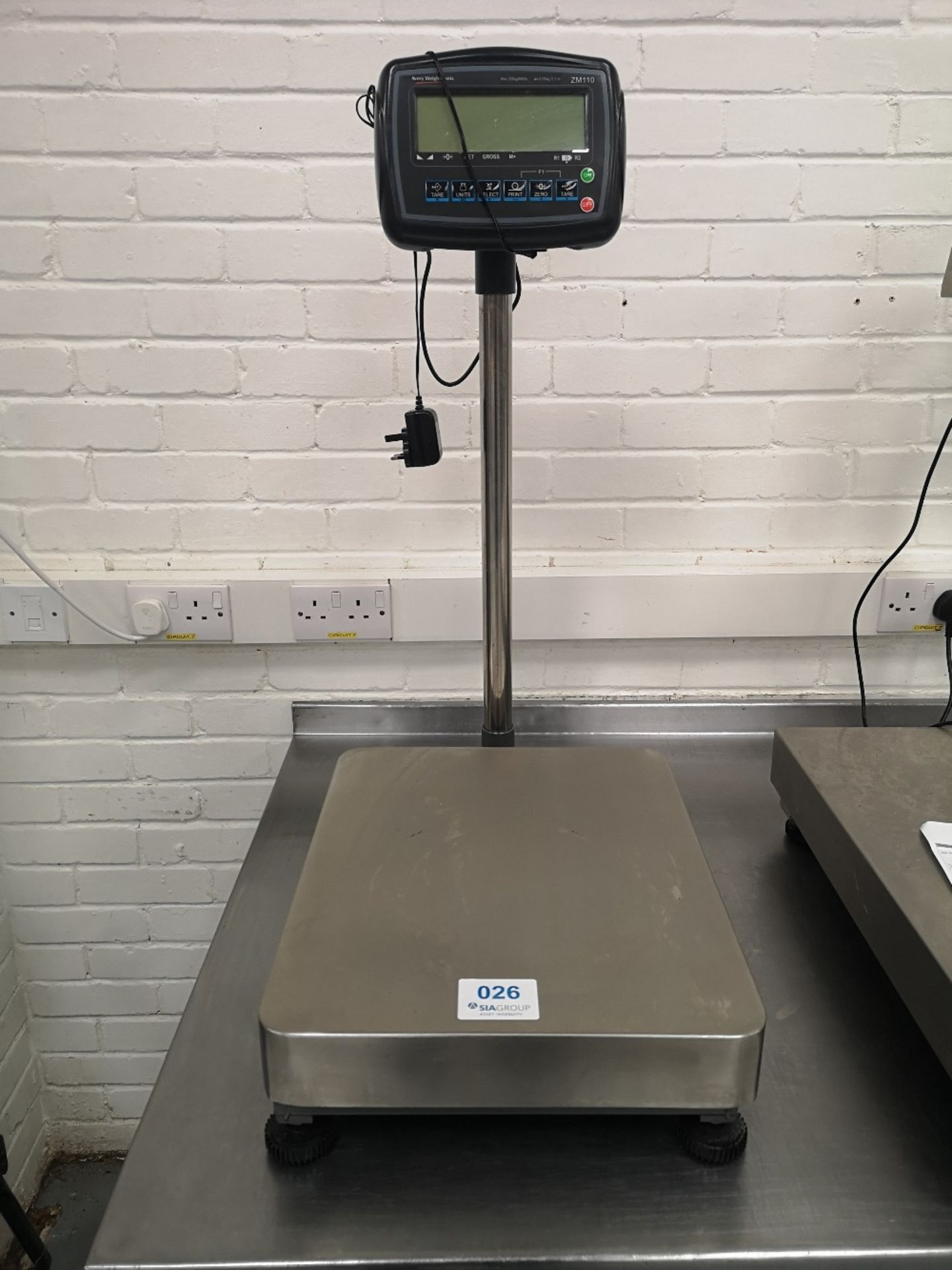 Avery Weigh-Tronix ZM110 300kg Bench & Floor Scale