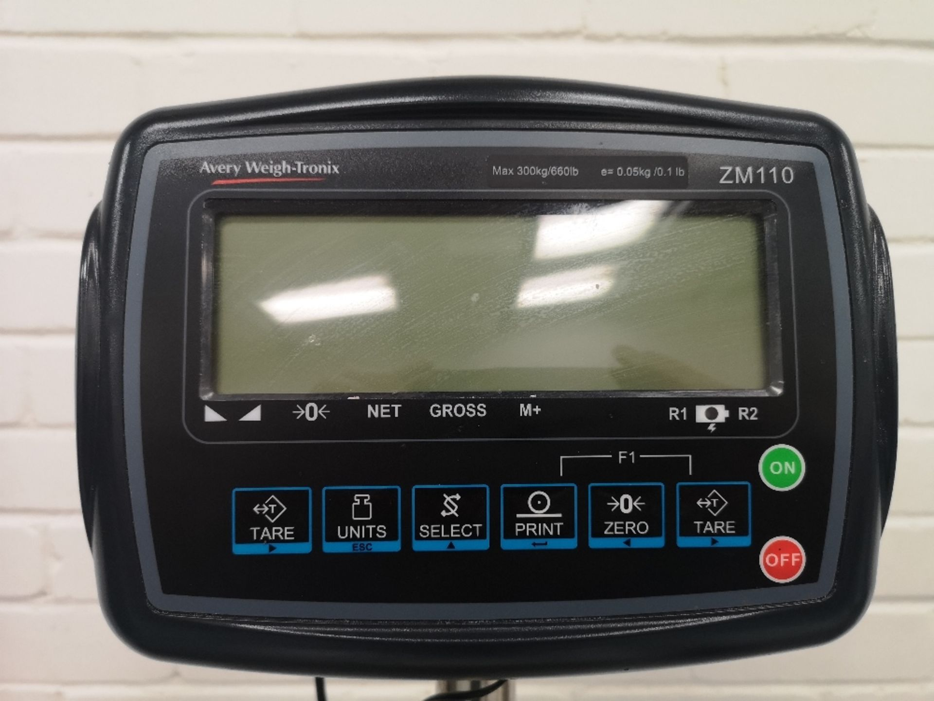 Avery Weigh-Tronix ZM110 300kg Bench & Floor Scale - Image 2 of 3