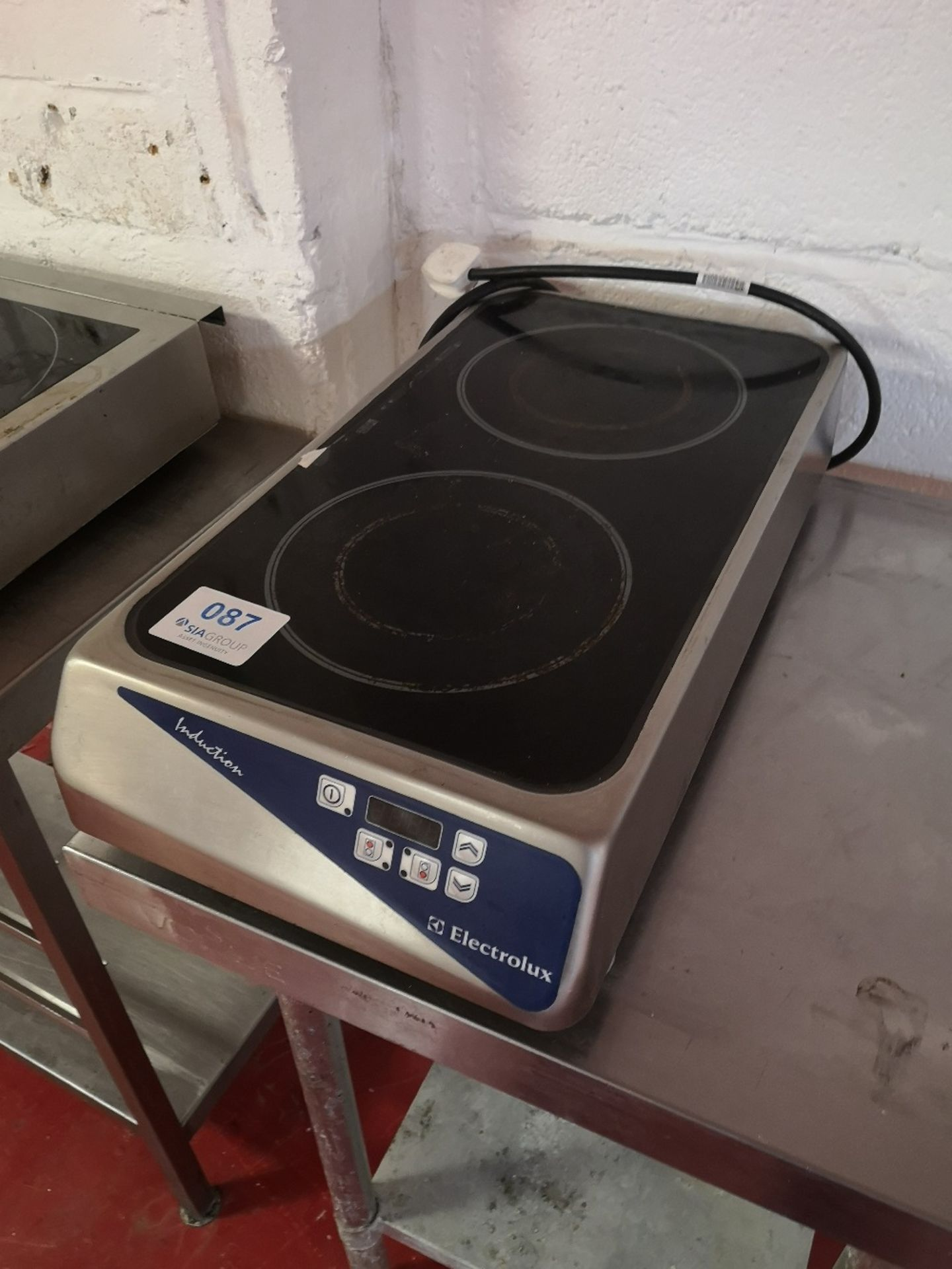Electrolux CE070 Twin Ring Induction Hob - Image 2 of 4