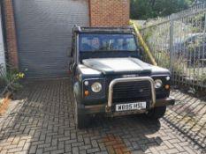 (2000) Land Rover Defender 110 County TD5 Registration: W895 HSL