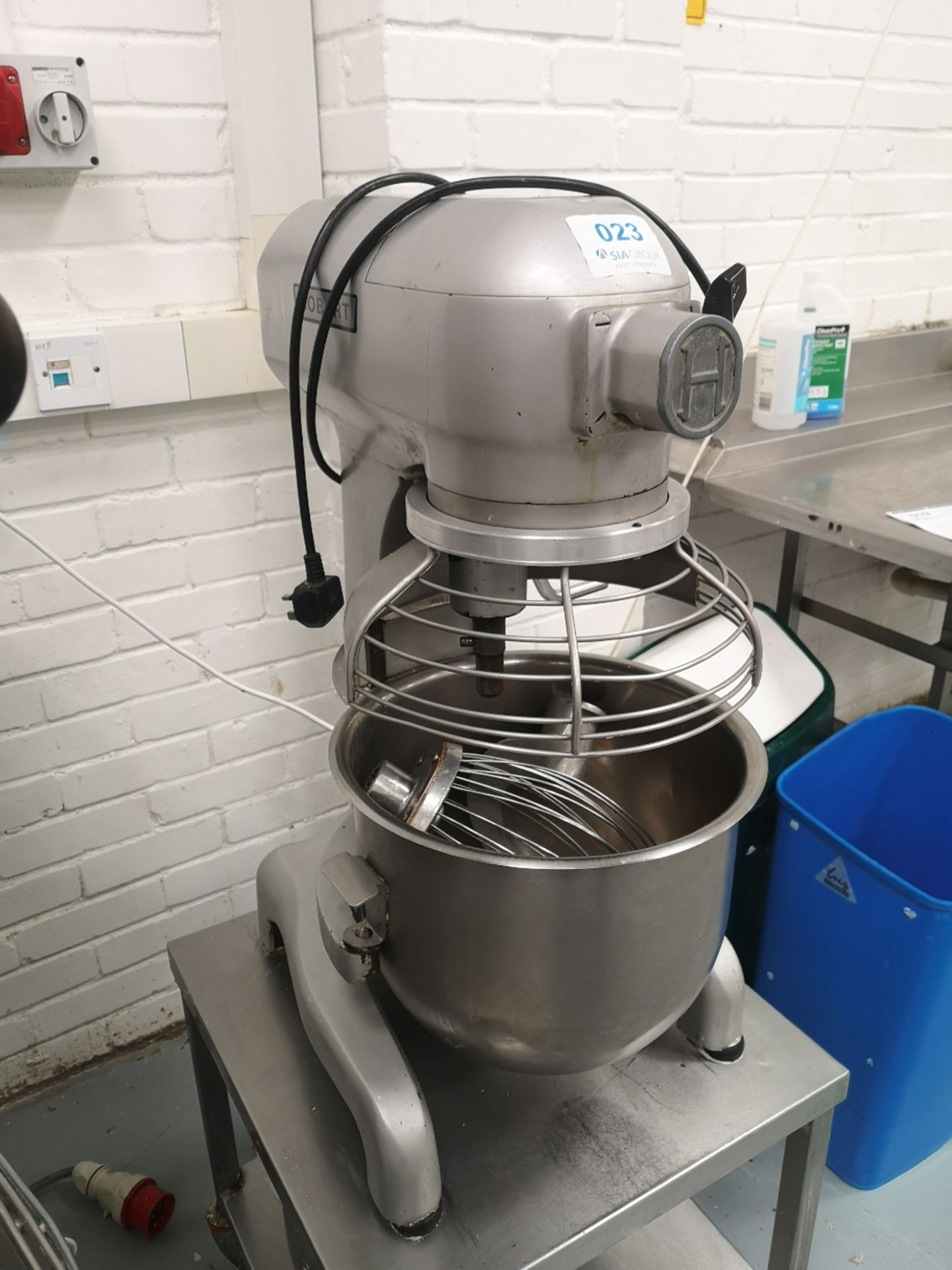 Hobart 20 QRT Planetary Mixer on Stainless Steel Mobile Stand with (2) Mixing Bowls - Image 4 of 6