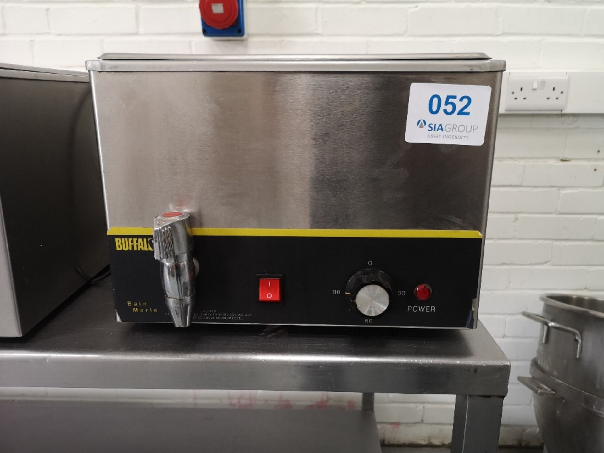 Buffalo S047 Wet Bain Marie With Tap - Image 3 of 4