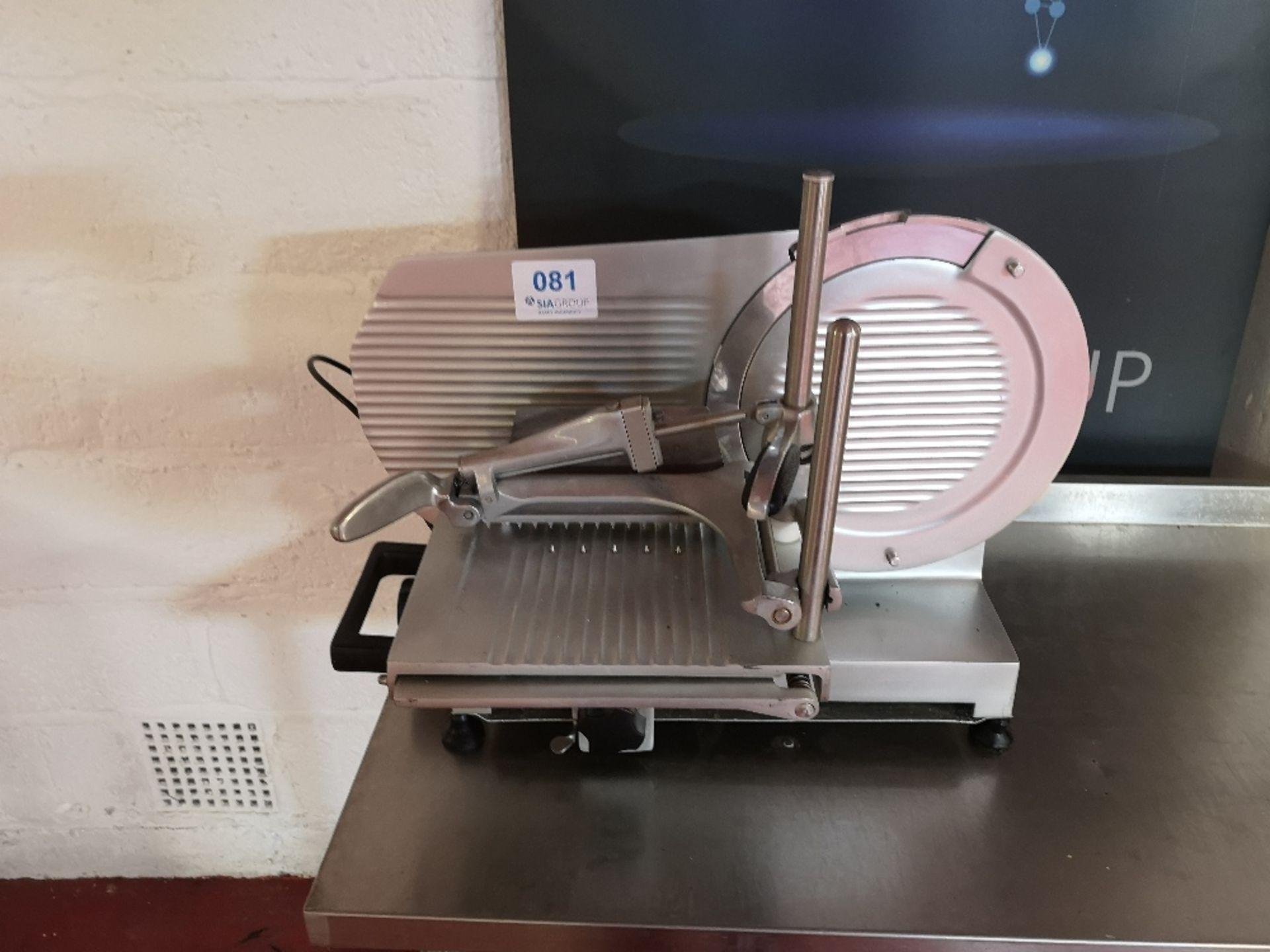 TreSpade D-30/V Meat Slicer