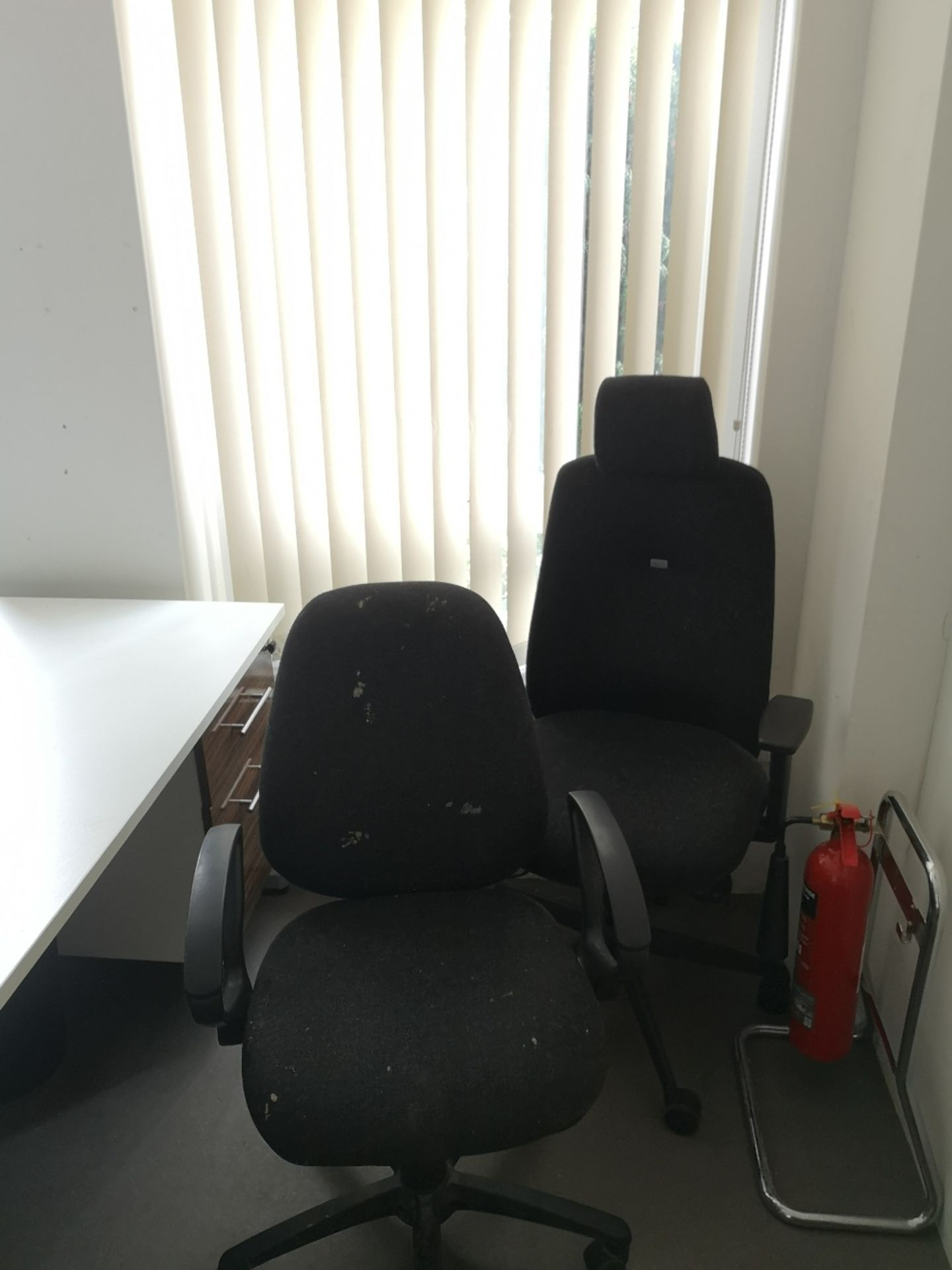 Office Furniture Contents of Room - Image 5 of 9