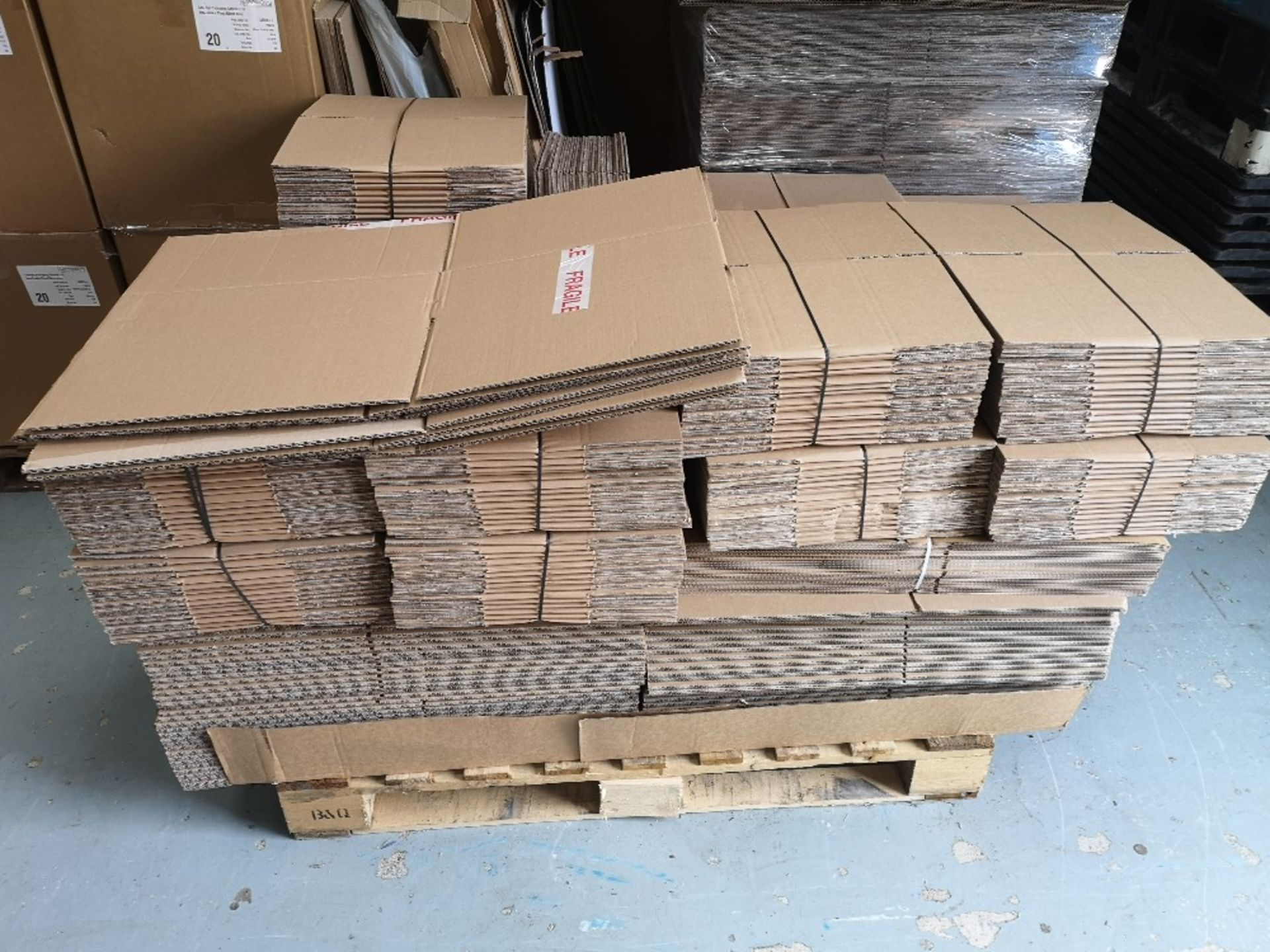 (2) Pallets of Various Sized Cardboard Boxes - Image 2 of 5