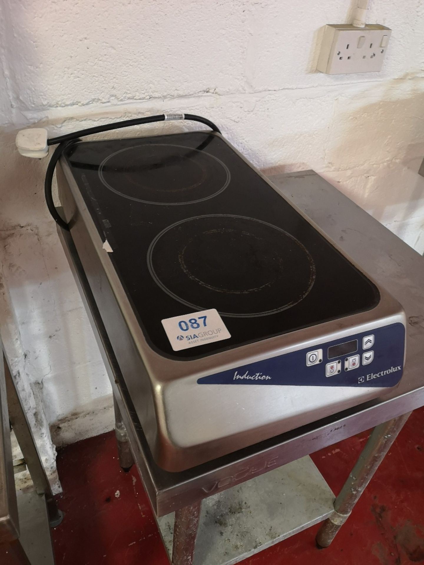 Electrolux CE070 Twin Ring Induction Hob - Image 3 of 4