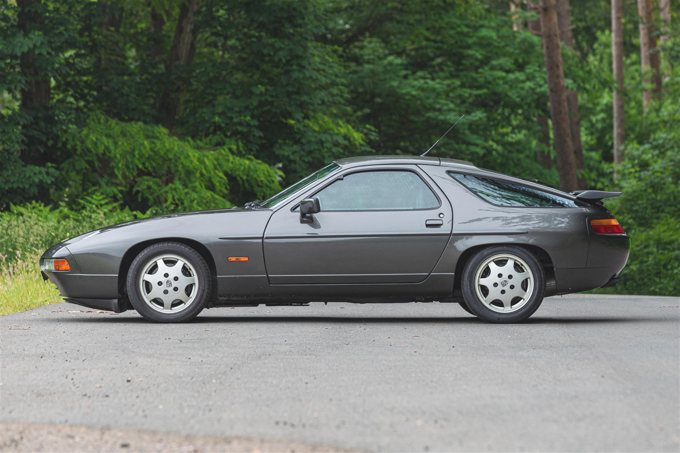 1991 Porsche 928 GT - Image 5 of 10