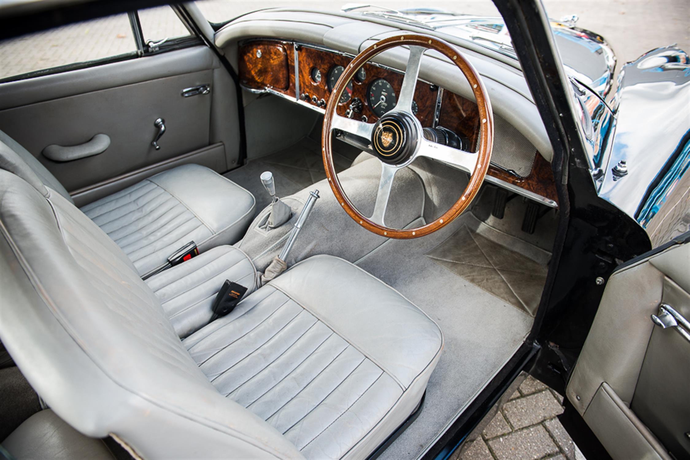 1960 Jaguar XK150 SE 3.4 FHC - Image 3 of 6