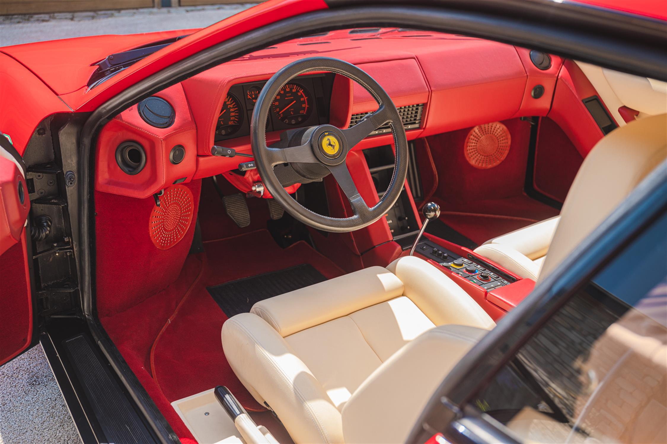 1991 Ferrari Testarossa - 1,829 Kilometres From New & Classiche'd - Image 11 of 15