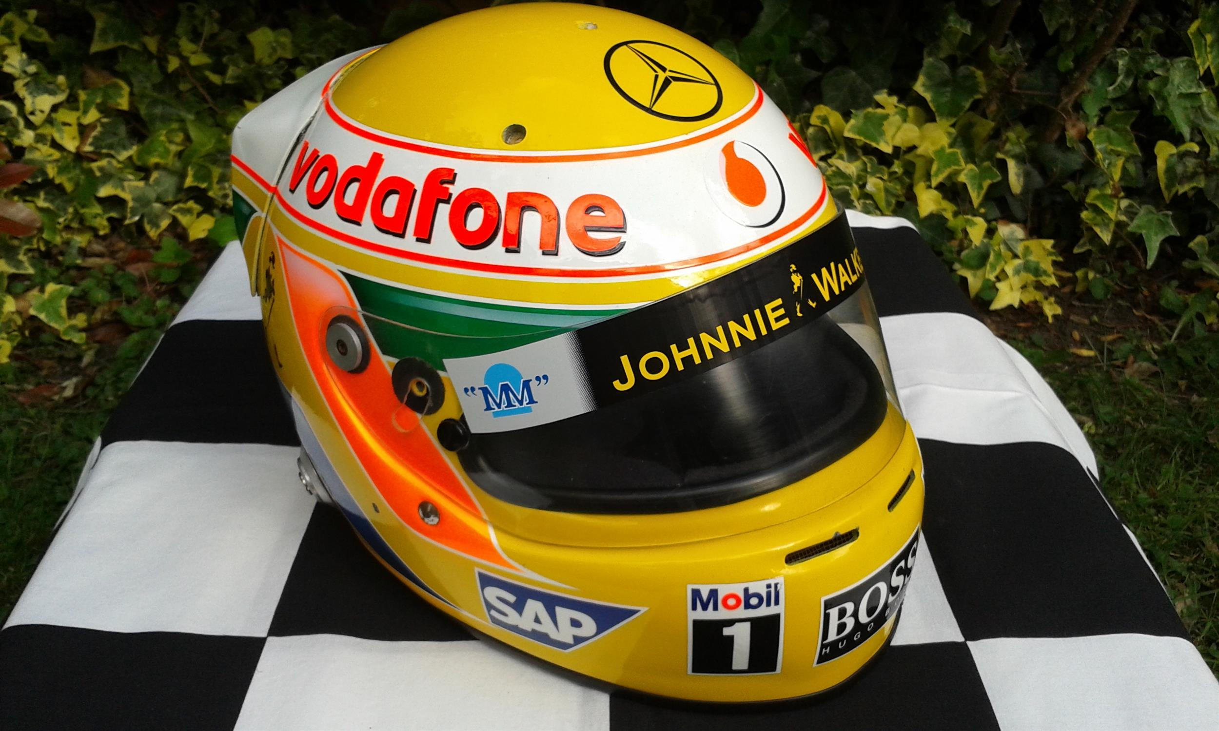 Lewis Hamilton 2008 World Championship winning Year Replica Helmet - Image 3 of 3