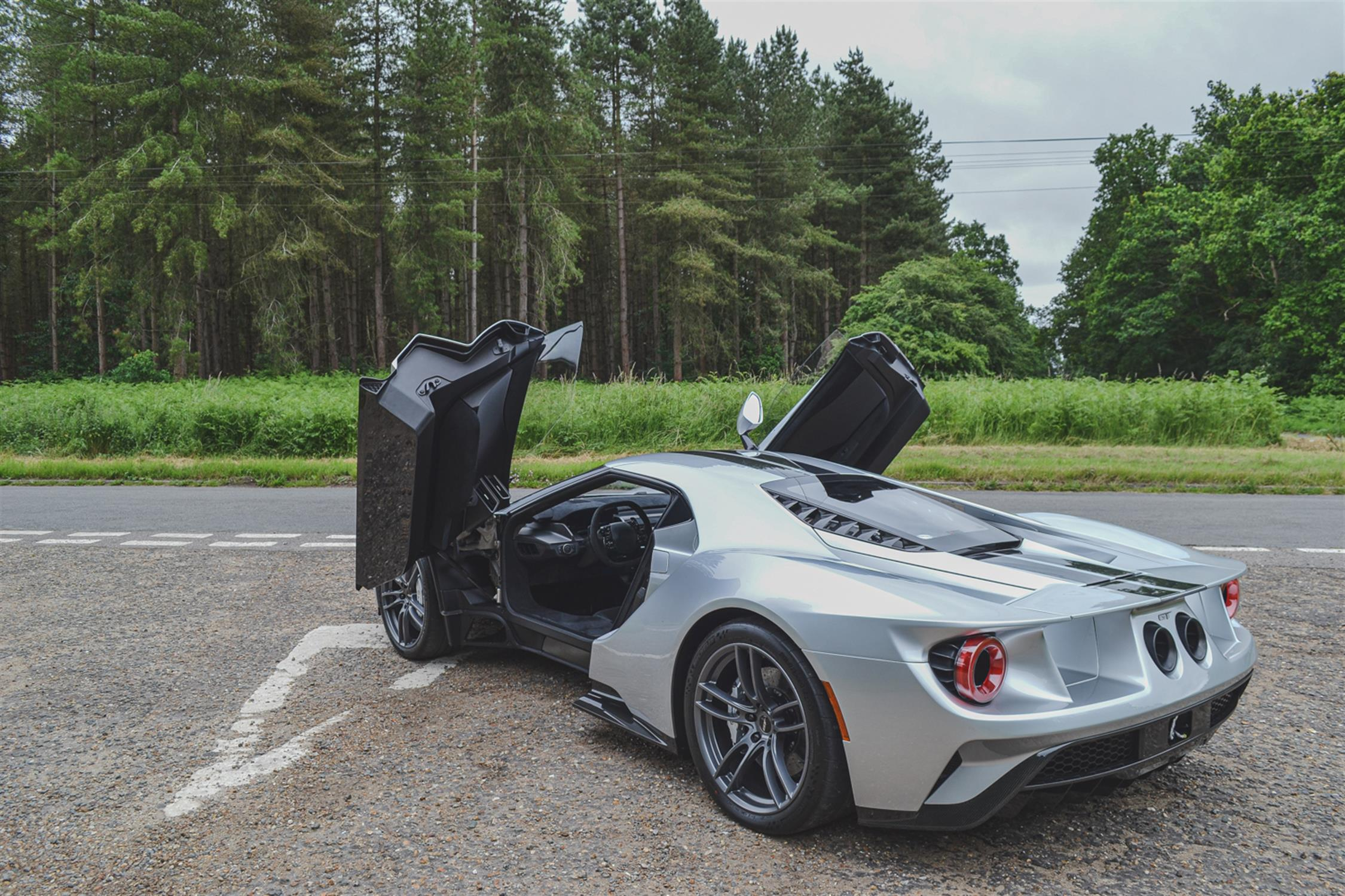 2018 Ford GT - Image 7 of 20