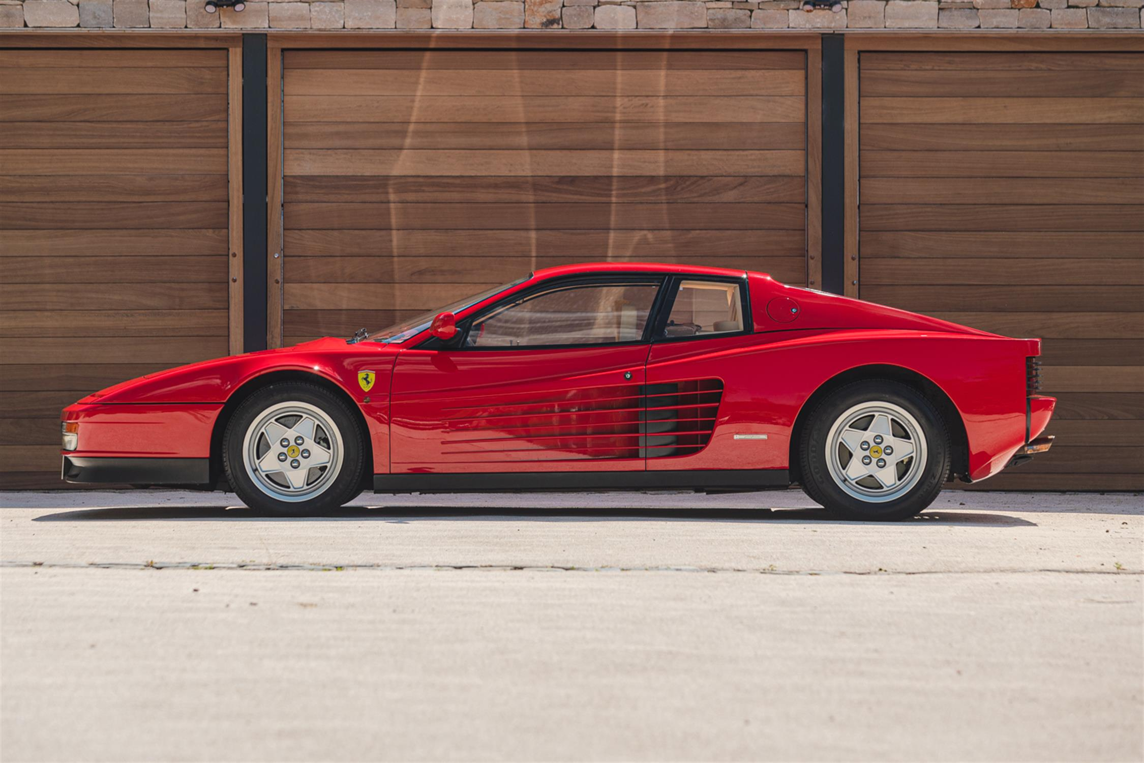 1991 Ferrari Testarossa - 1,829 Kilometres From New & Classiche'd - Image 8 of 15
