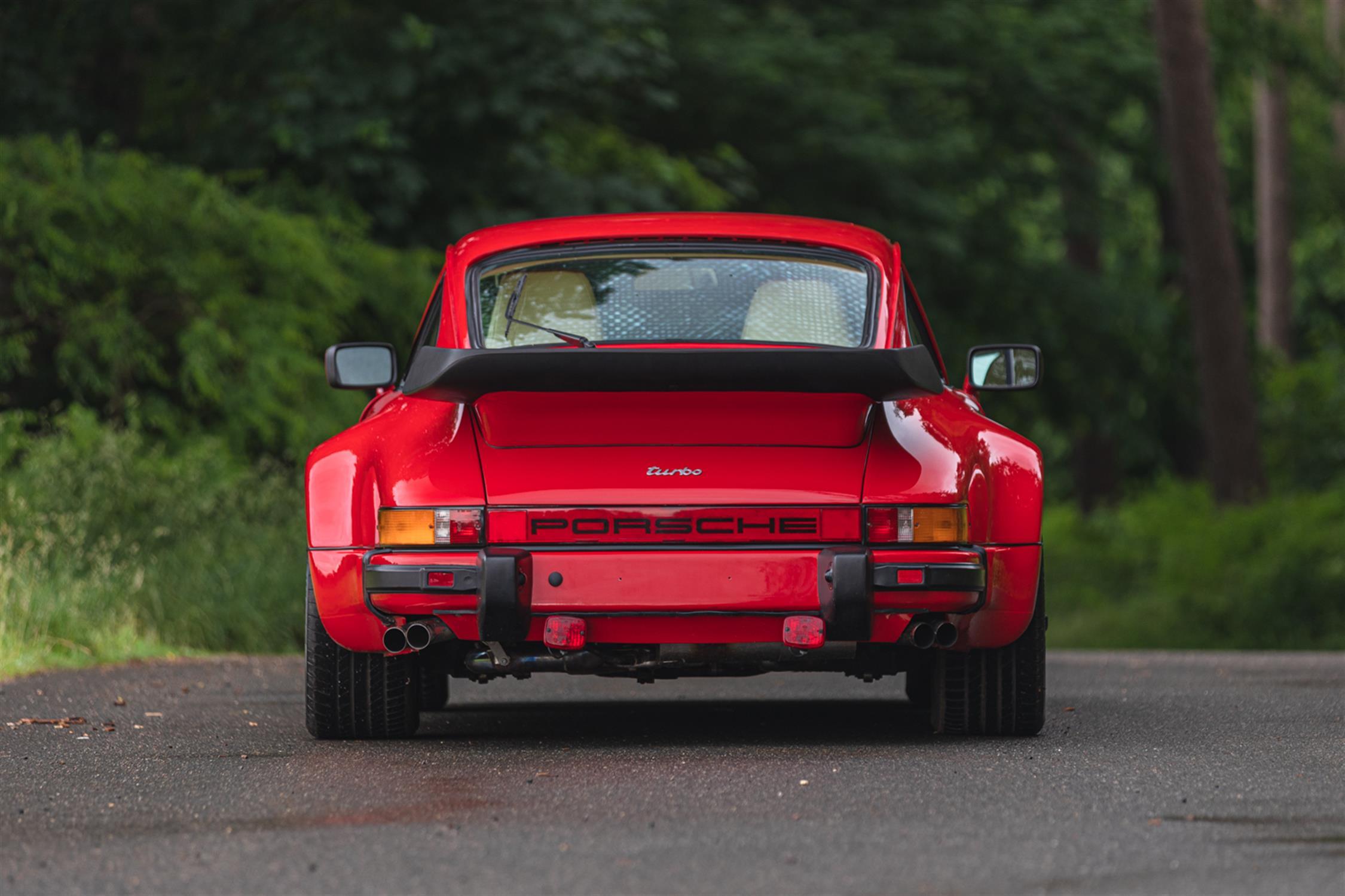 1986 Porsche 911 (930) Turbo SE 'Flatnose' - Image 7 of 10