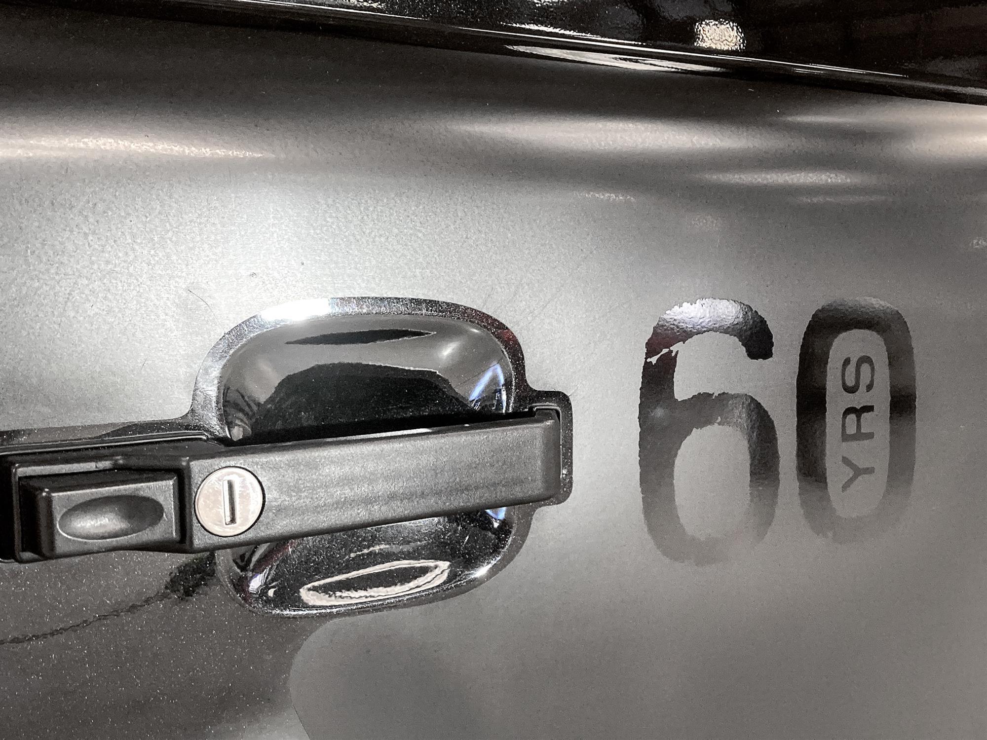 2008 Land Rover Defender 90 SVX - Image 2 of 13
