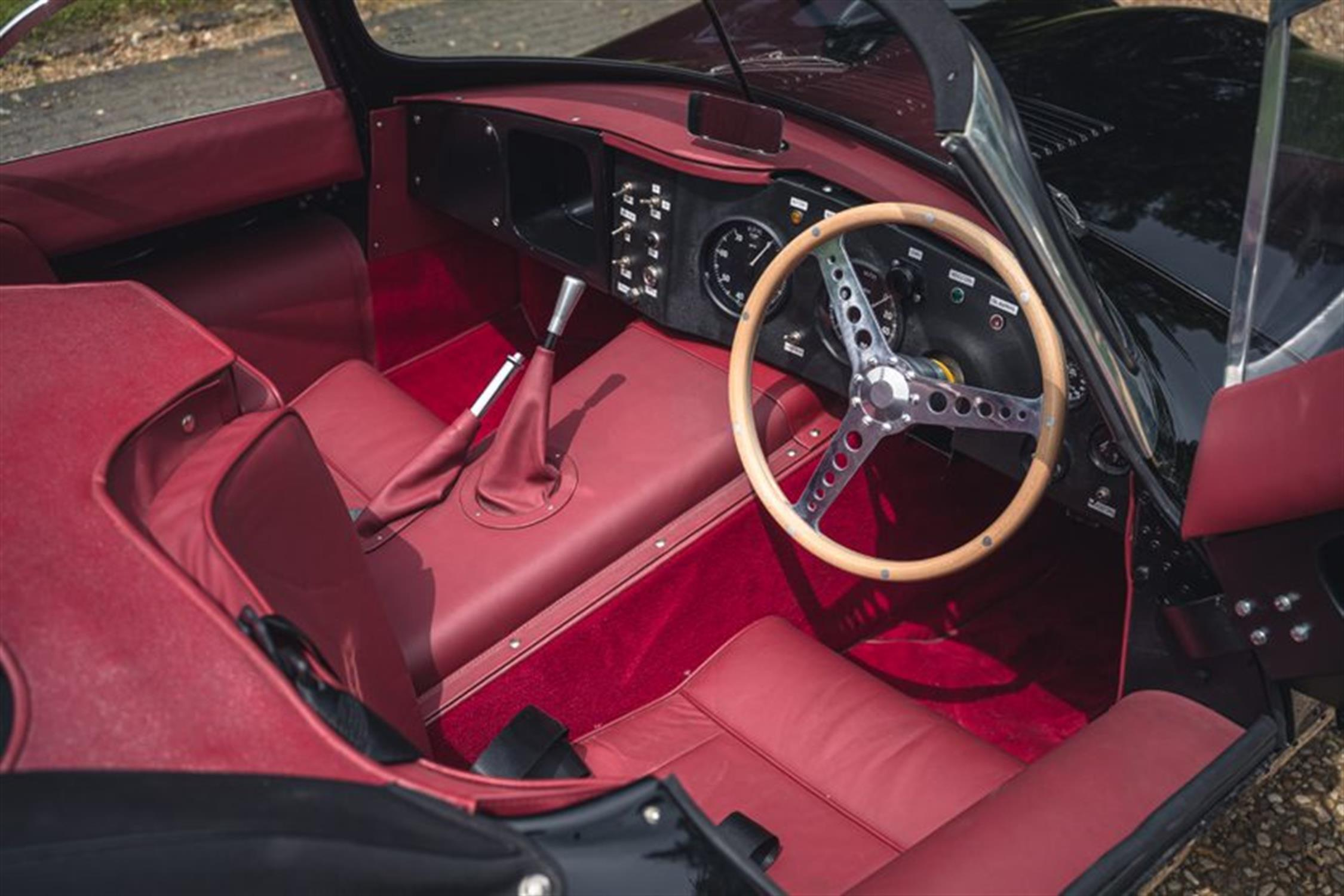 1967 XKSS Re-Creation - Image 3 of 10
