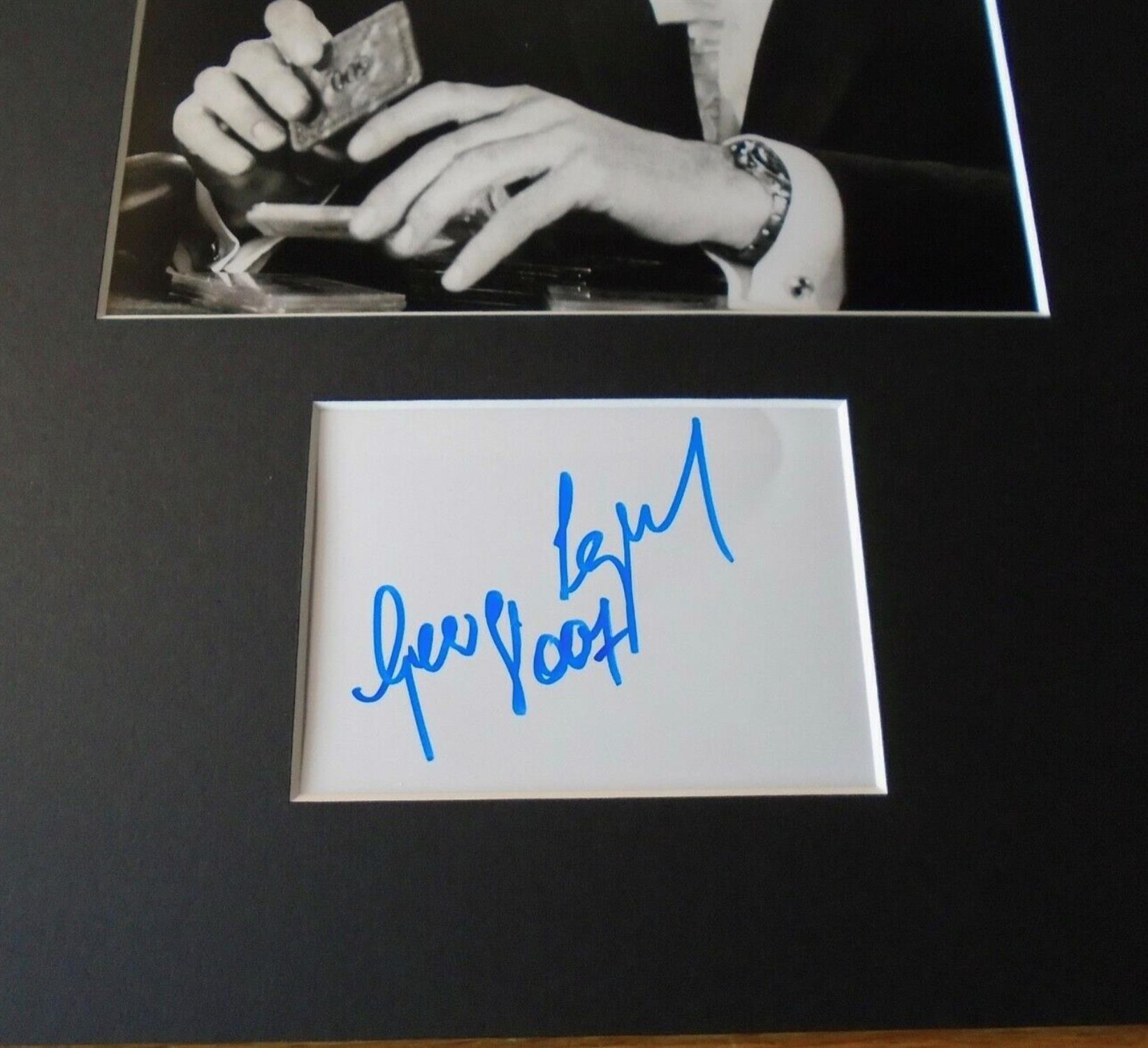 A Genuine Hand-Signed George Lazenby 007 Signature on Card - Image 2 of 2