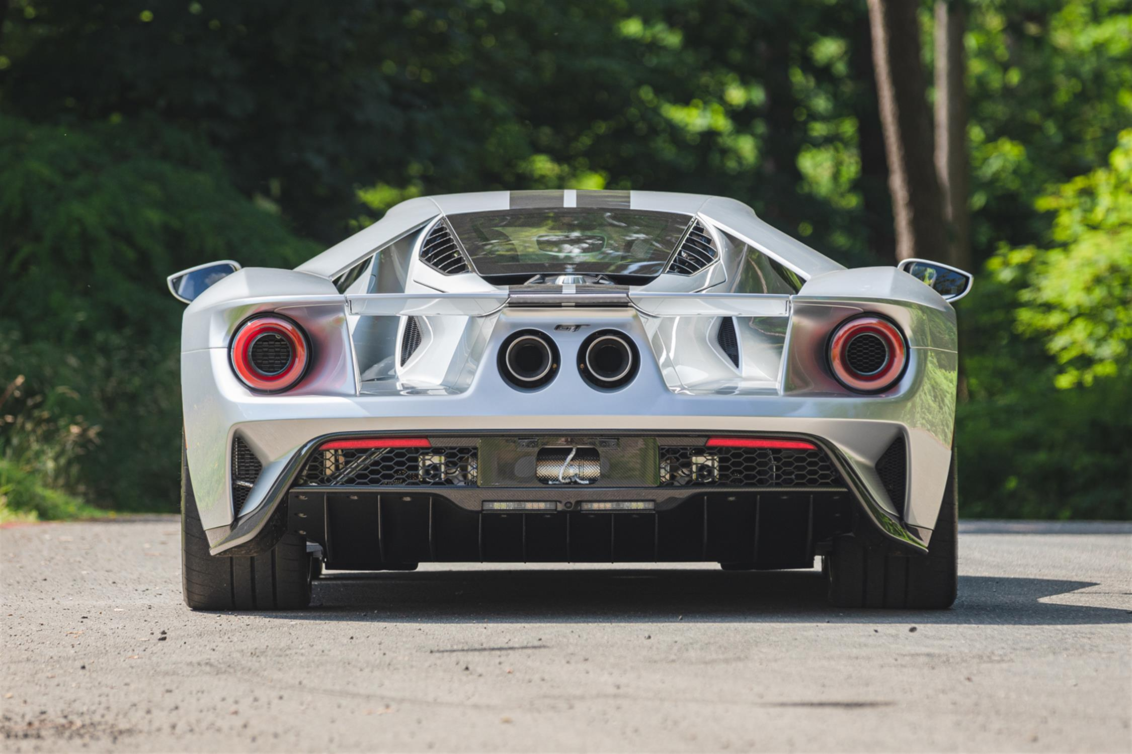 2018 Ford GT - Image 13 of 20