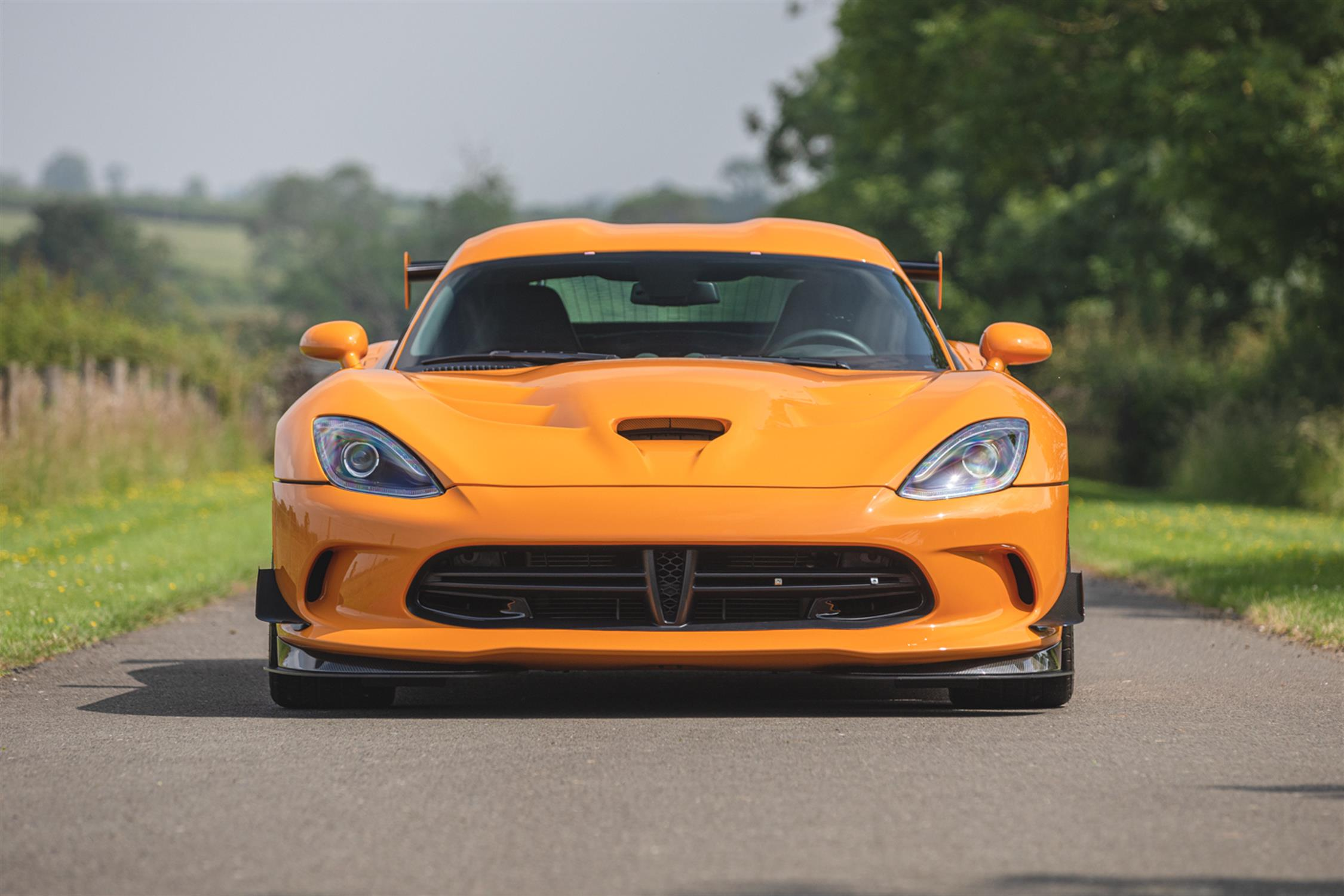 2015 Dodge Viper TA 2.0 6-Speed Coupe - Image 8 of 10