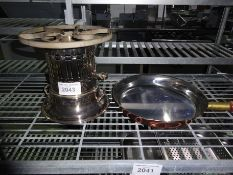 Gas single cooking stove with pan.