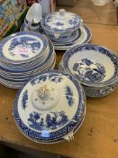 Part Booths Willow pattern dinner service