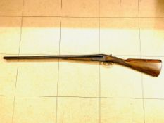 16 bore side by side double barrel shotgun, barrels stamped Gogswell & Harrison Ltd London.