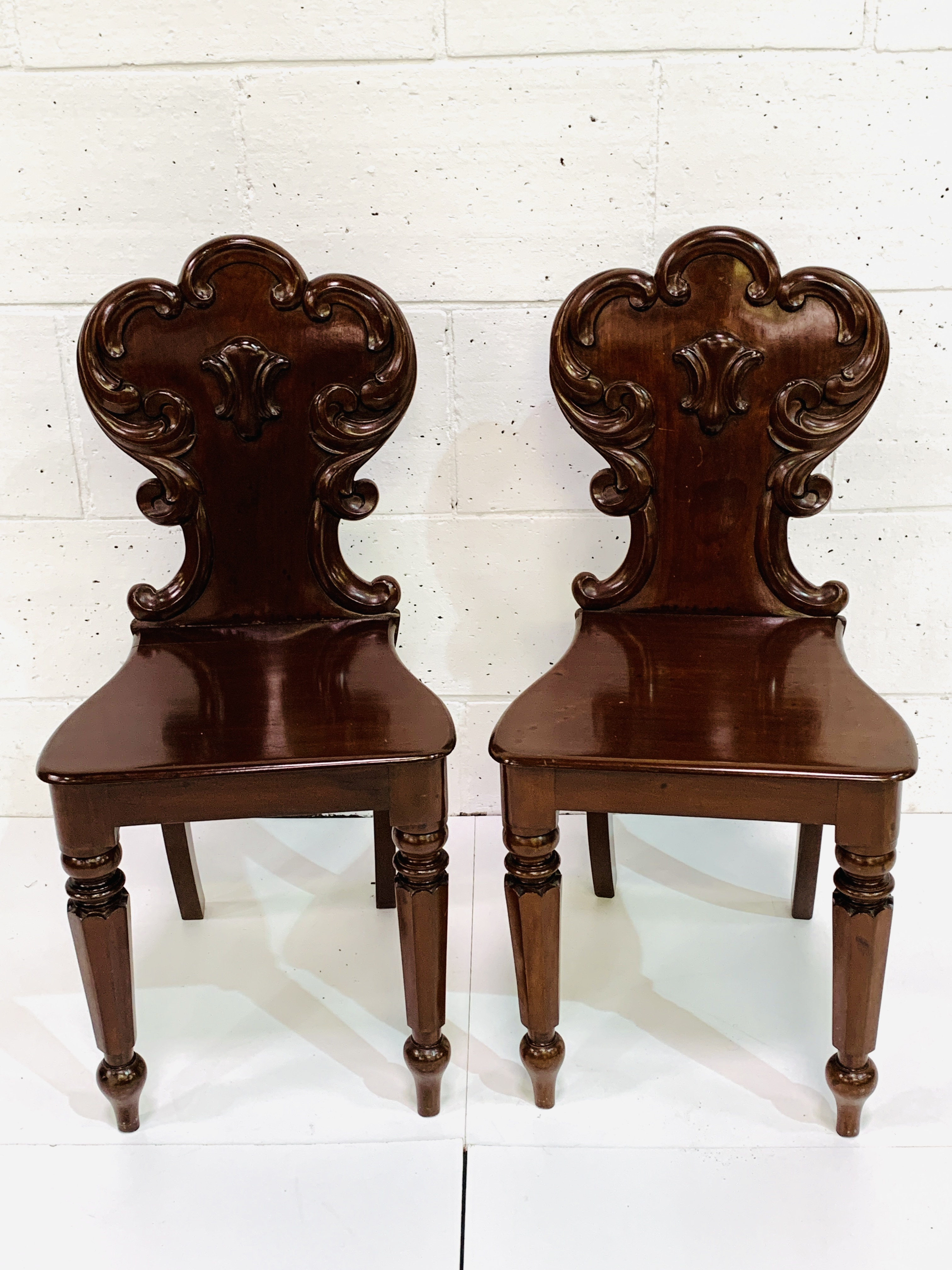 Two mahogany hall chairs with shaped backs - Image 3 of 4